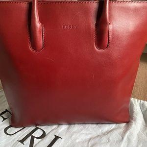 ✨HOST PICK✨FURLA Leather Tote Bag, Zip Top Closure